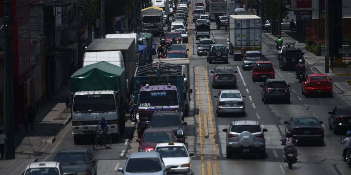 Unos 400 mil vehículos circularon en la Ciudad esta mañana