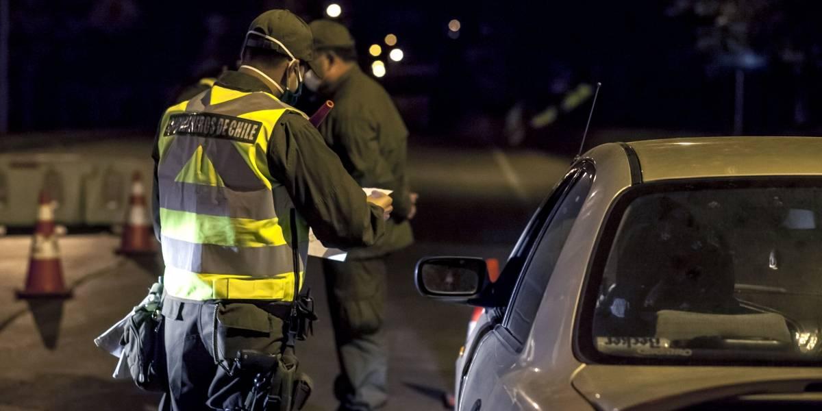 Balance de la noche: Carabineros detiene a 157 personas en el último toque de queda