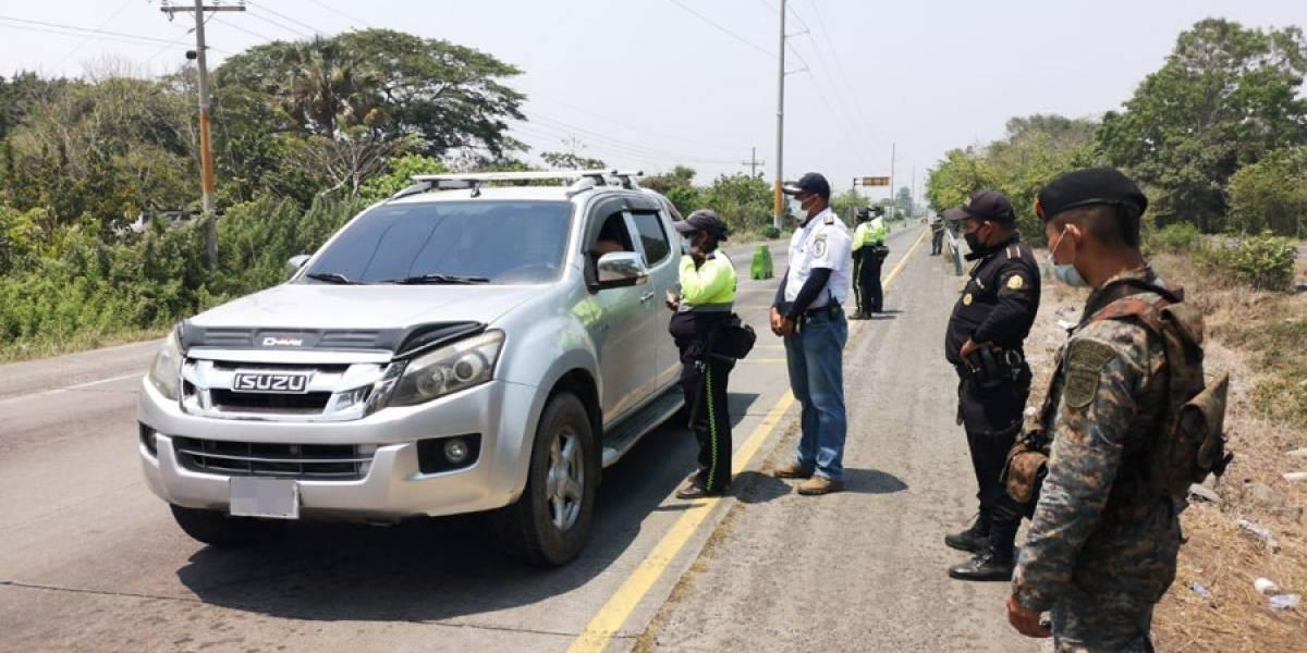 A unos 900 pilotos de vehículos no se les permitió el ingreso a Puerto San José el fin de semana