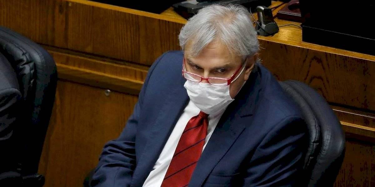 Iván Moreira anunció su renuncia como jefe de bancada de senadores UDI