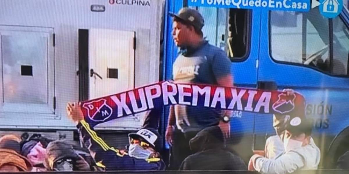 Argentinos no soportan más a barras del DIM en Buenos Aires, pero Colombia no los reclama