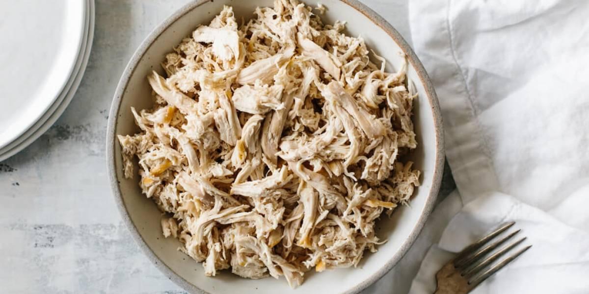 Surpreendente: truque para desfiar o frango em 30 segundos