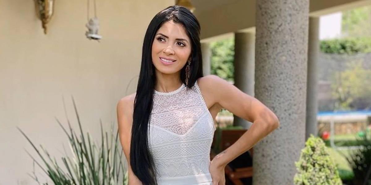 Kimberly Flores, esposa de Edwin Luna, le copia el peinado a Jennifer Lopez