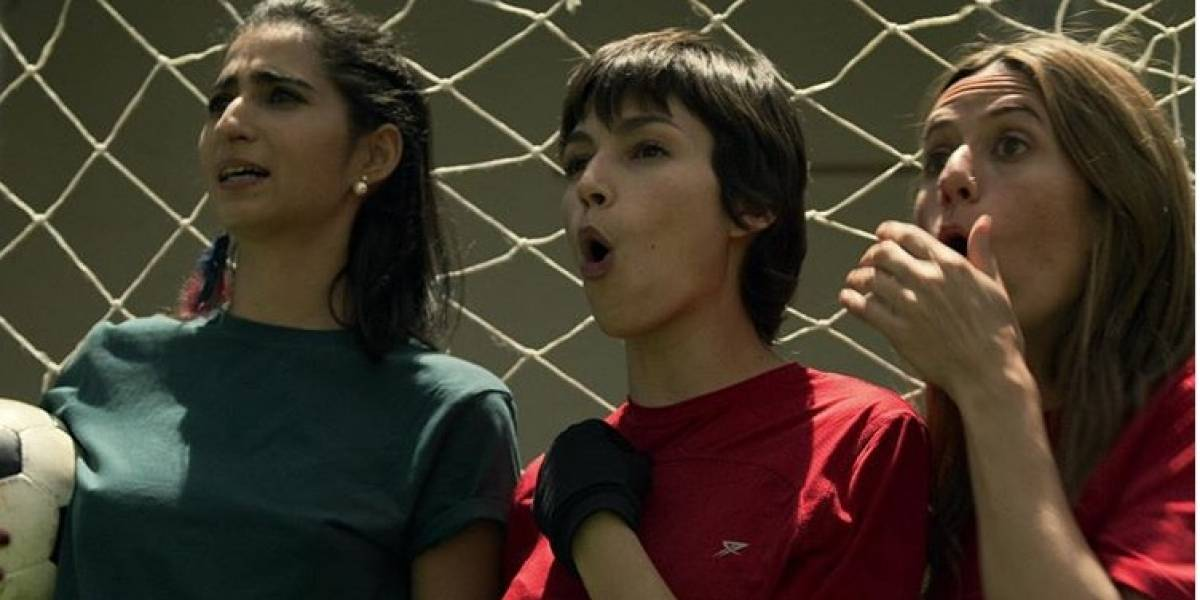 """¡OMG! Dos actores de la Casa de Papel lanzan """"piropos"""" en redes"""