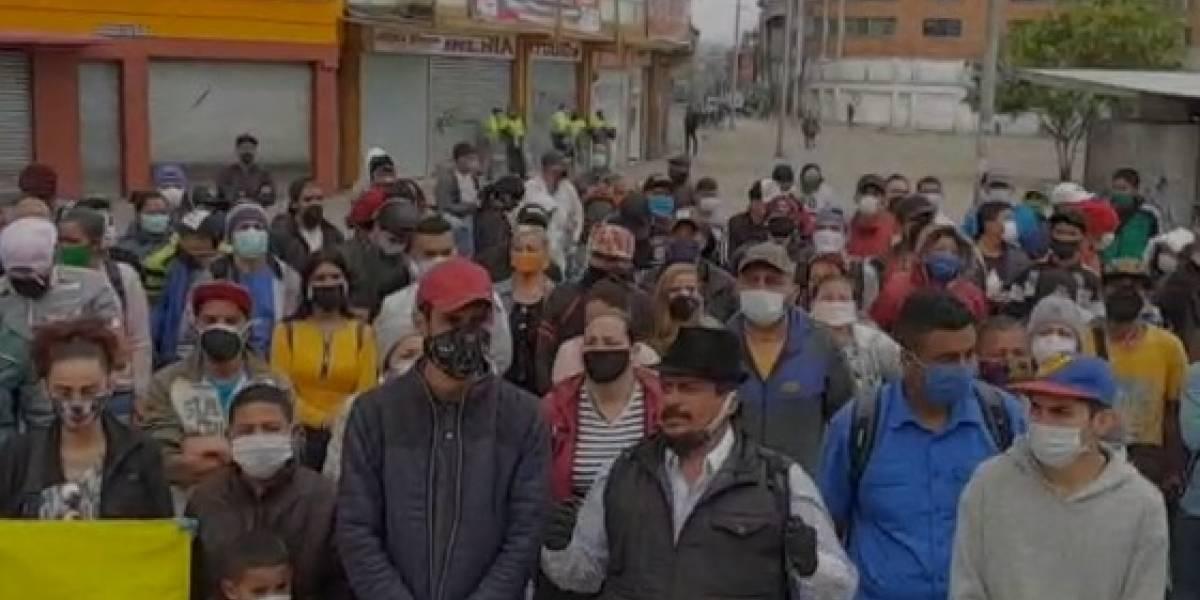 """(VIDEO) """"Queremos devolvernos para nuestra patria"""": venezolanos protestan en Bogotá"""