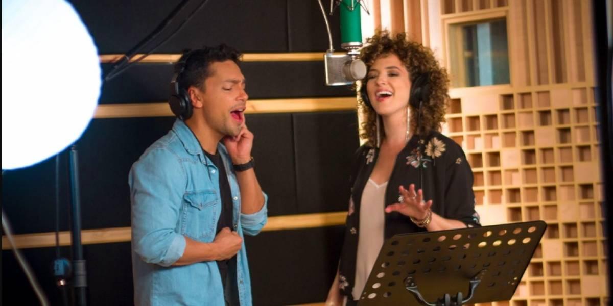 Inés Gaviria presenta su nueva canción, 'Dime corazón'