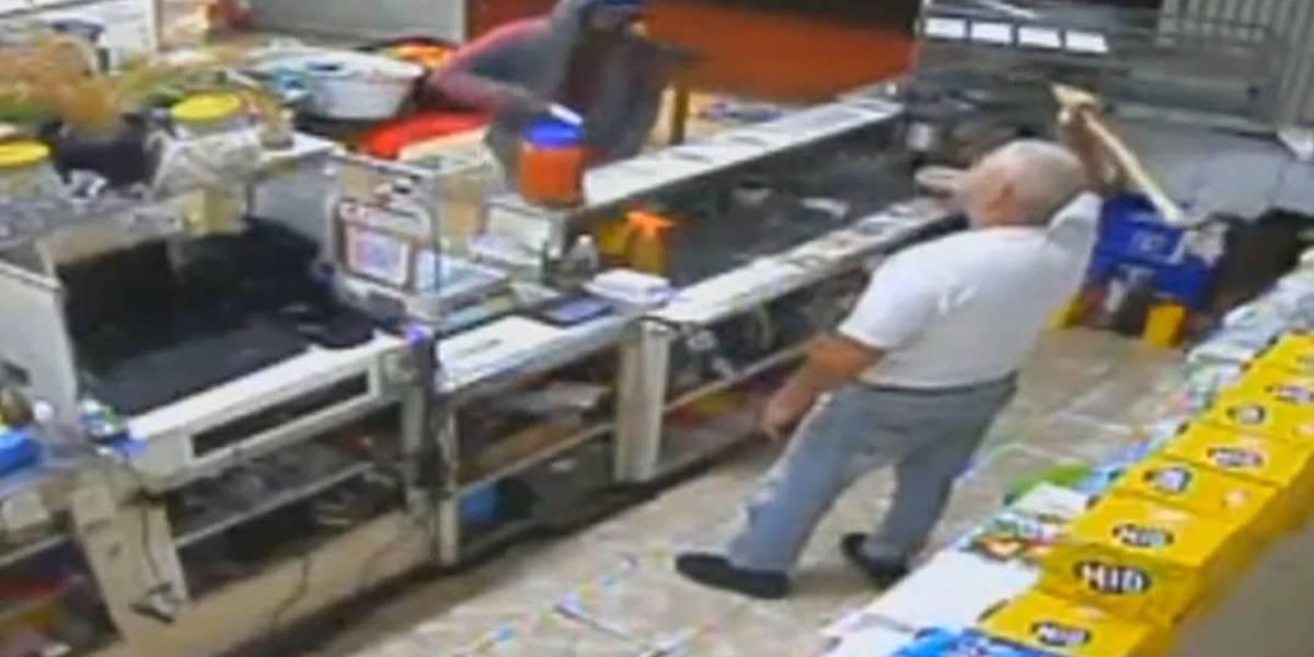 Vídeo: comerciante usa porrete para impedir assalto no interior de SP