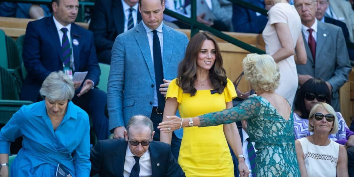 5 vezes que Kate Middleton usou looks amarelos e ficou fabulosa