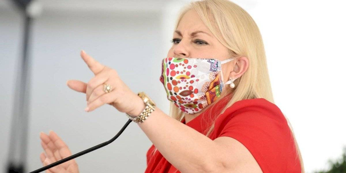 Wanda Vázquez publica Orden Ejecutiva que extiende toque de queda