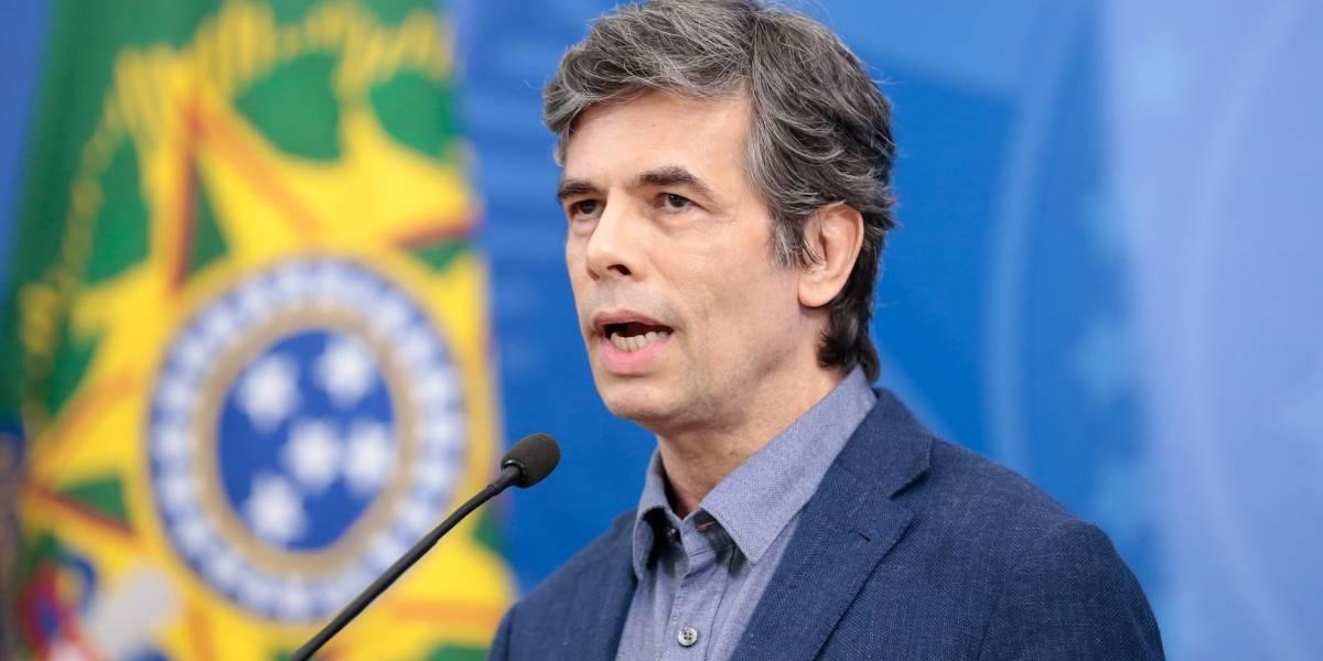 Imprensa internacional repercute saída de Nelson Teich do Ministério da Saúde