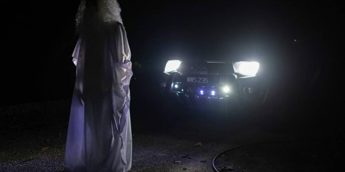 """""""Fantasma"""" ronda calles de Malasia para controlar confinamiento contra el Coronavirus"""
