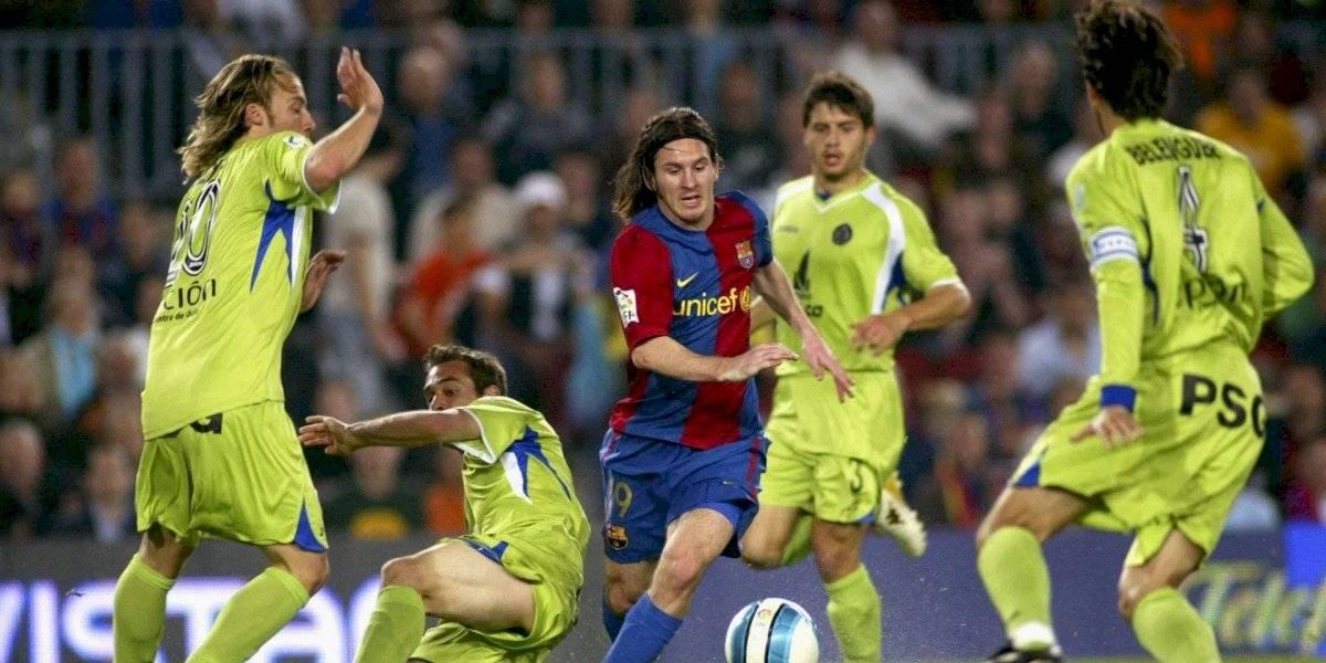 """Se cumplen 13 años del sensacional gol de Messi con el Barcelona """"a lo Maradona"""""""