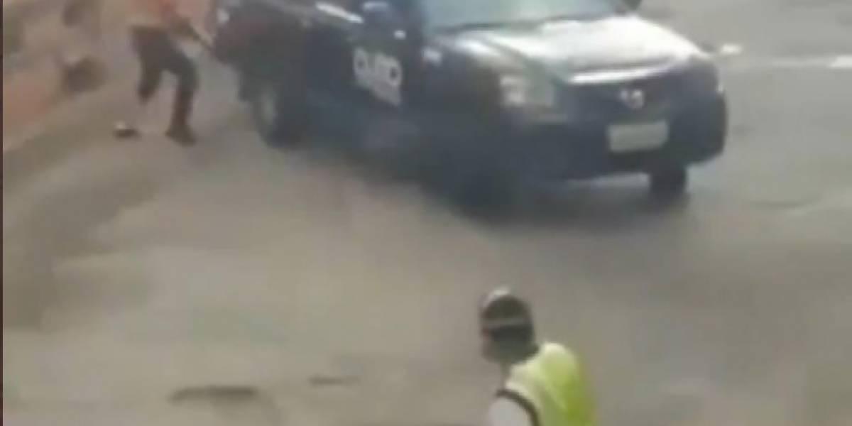Agentes de tránsito y policías fueron agredidos en la Ferroviaria, Quito
