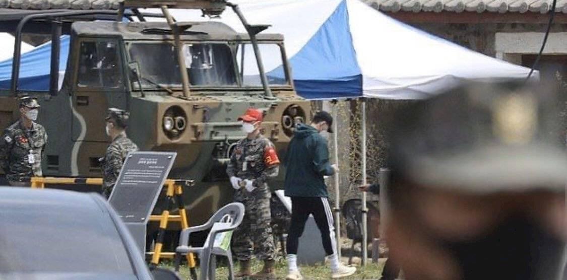 Heung-mi-Son es captado en entrenamiento militar