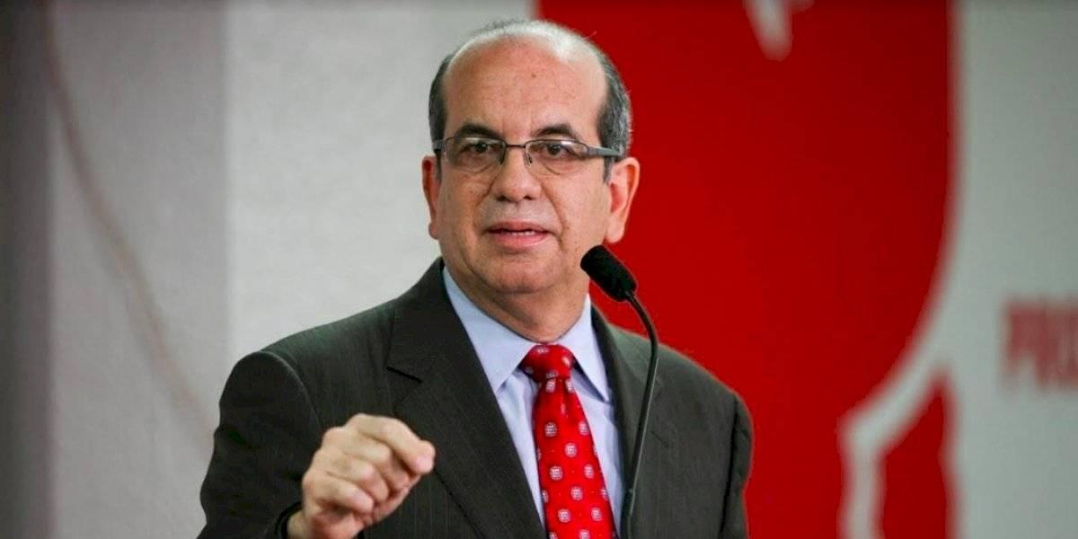 Acevedo Vilá también tiene escoltas como candidato gracias a la nueva ley electoral