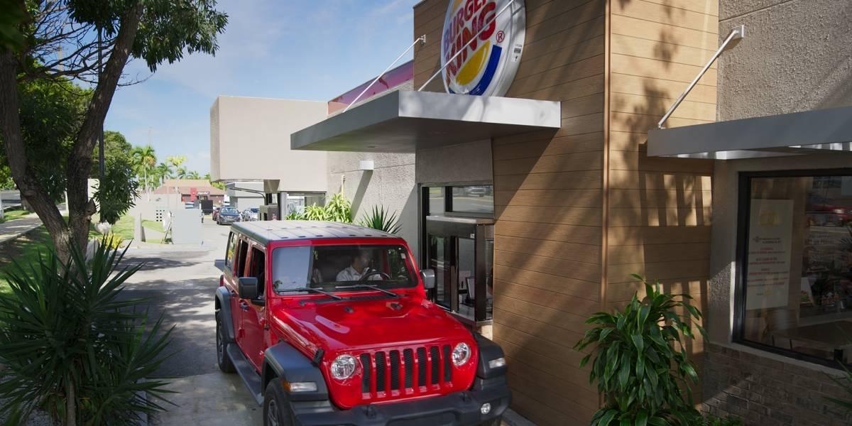 Cadena de restaurantes de comida rápida busca 300 empleados para toda la isla
