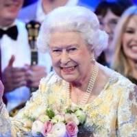 La inédita foto de la reina Isabel cuando era bebé, a propósito de celebrar sus 94 años