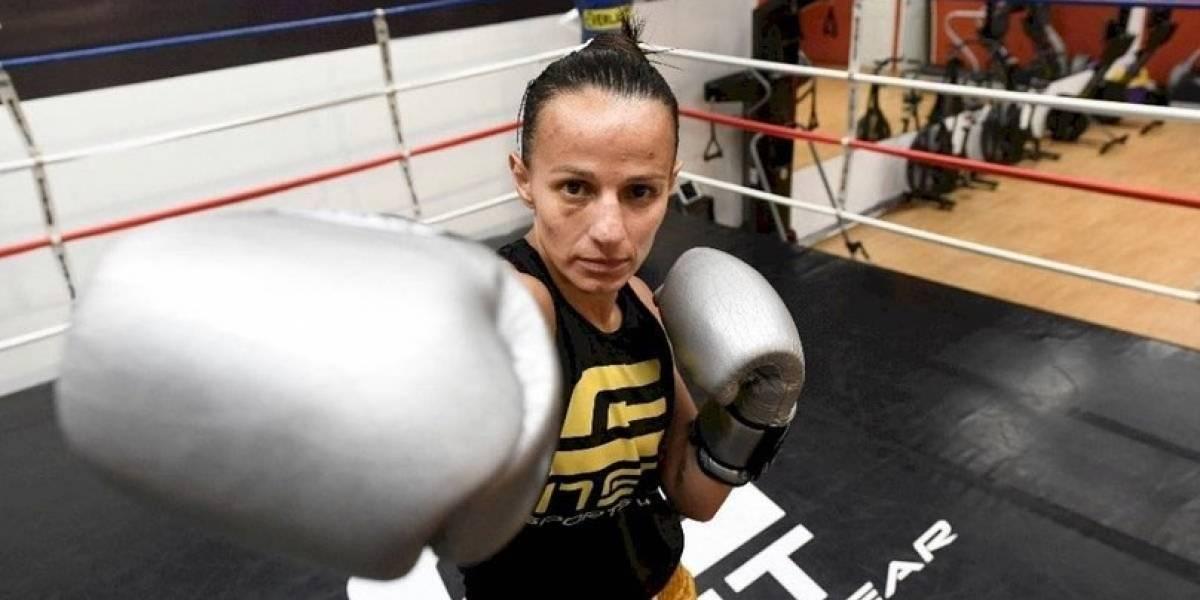 """Consejo Mundial de Boxeo transmite en línea entrenamientos de """"La Imparable"""" Micheo"""