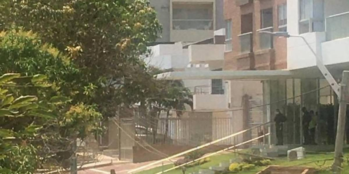 Detalles de la muerte de un hombre que cayó de un quinto piso en la cuarentena