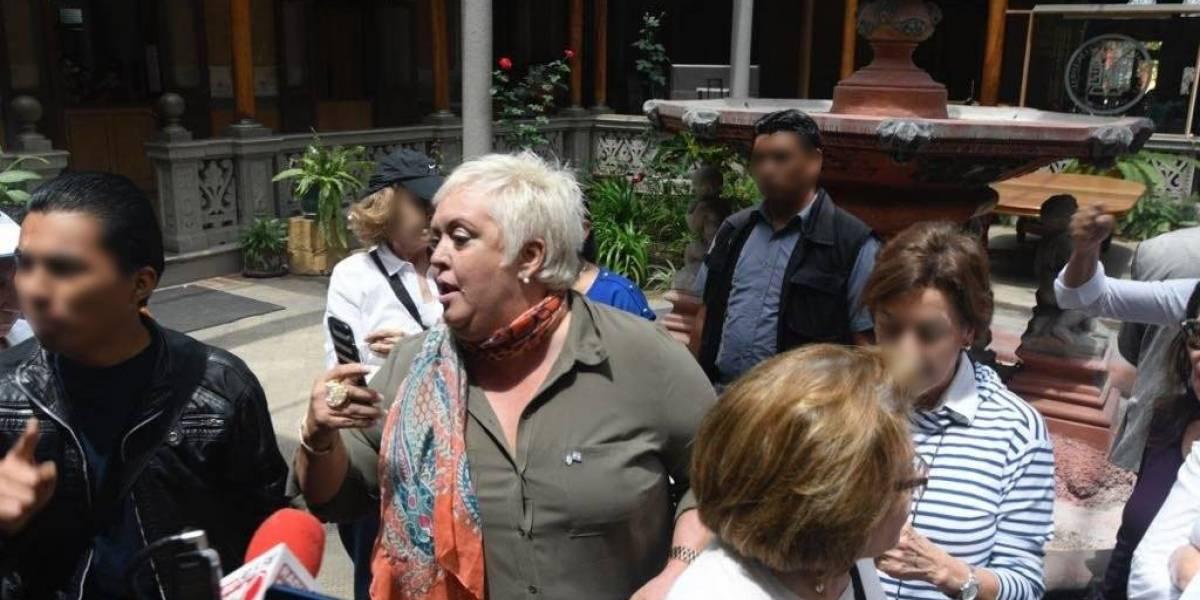 Juez resuelve a favor de la cubana Bárbara Hernández y ordena a PNC reforzar su seguridad