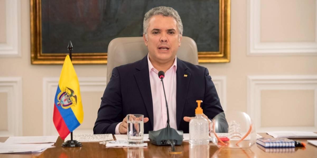 Iván Duque ordena a Policía Nacional reforzar controles en vías del país durante puente festivo