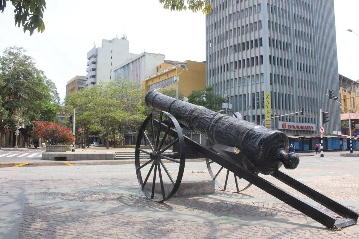 Cañones del Paseo Bolívar. Jairo Cassiani
