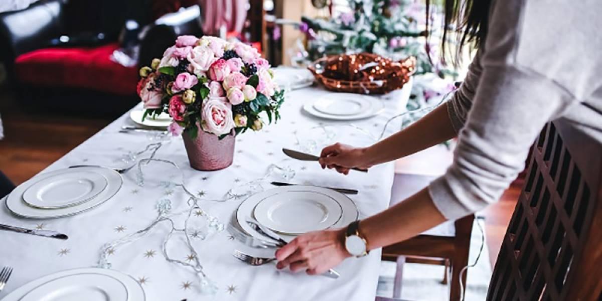 Renove o aparelho de jantar e o faqueiro para dar um 'up' na mesa