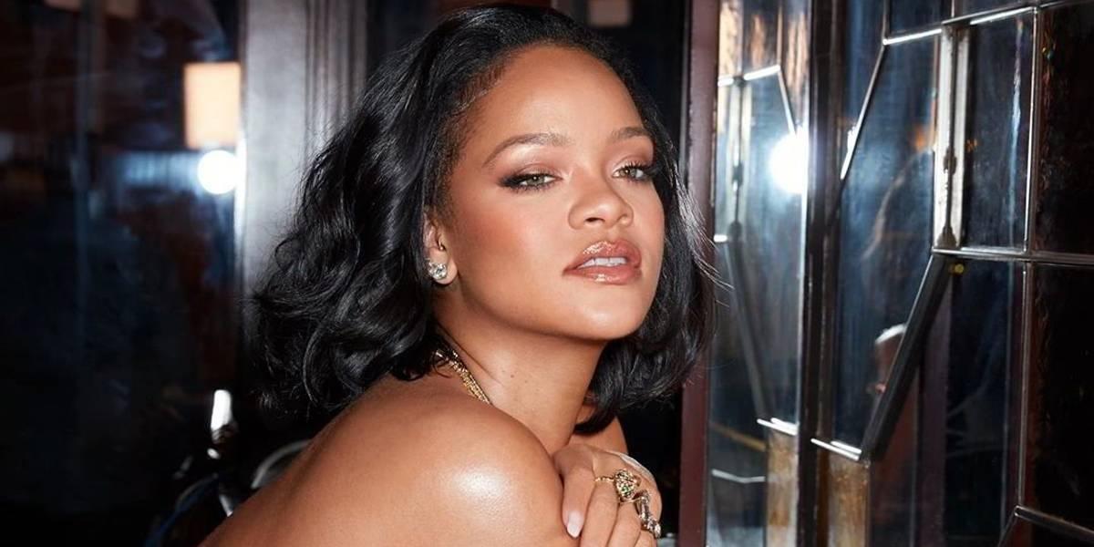 Rihanna derrochó elegancia y sensualidad al unirse a la tendencia de los vestidos transparentes