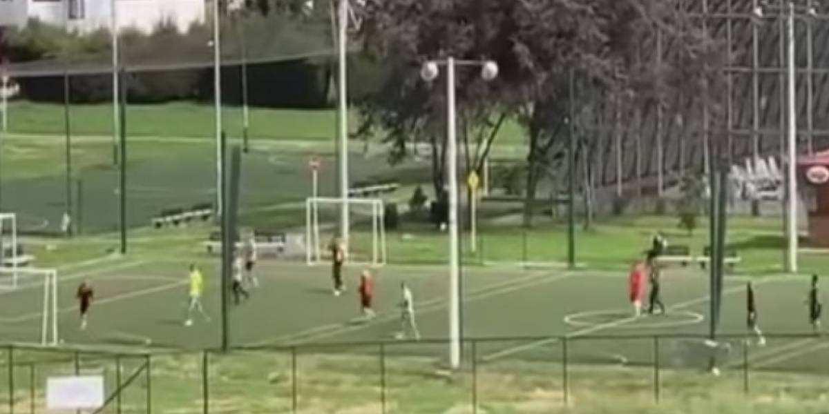 Policías habrían violado la cuarentena para jugar fútbol en Bogotá