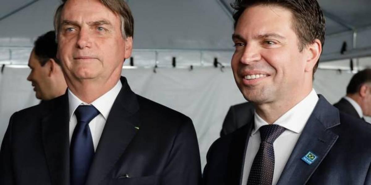Bolsonaro 'não engole' liminar do STF e vai recorrer por Ramagem na PF