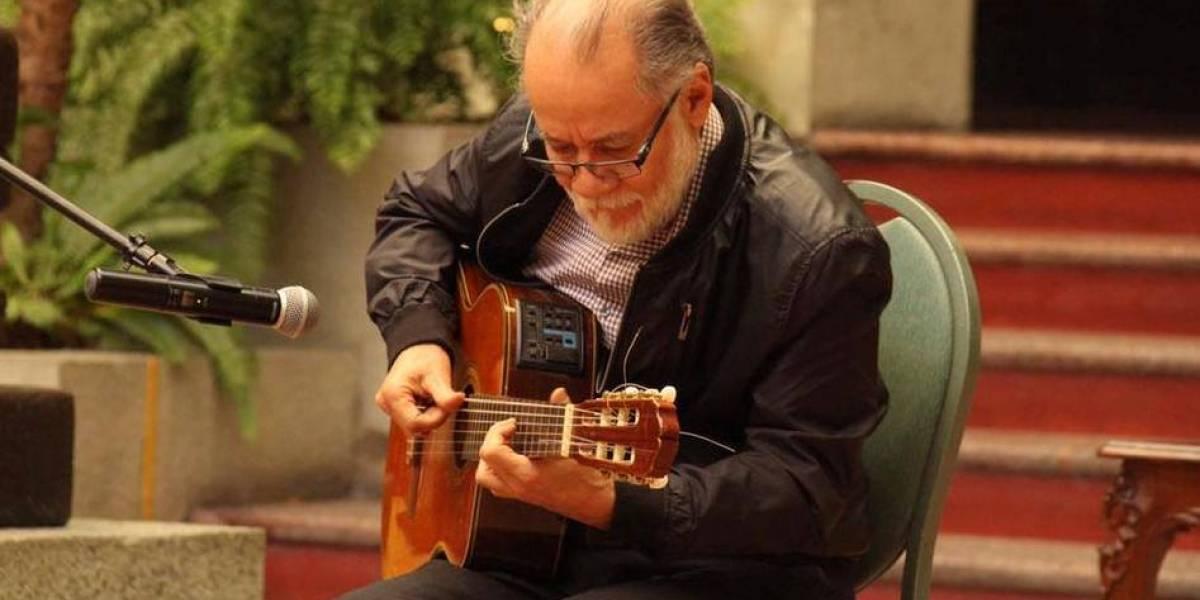 Don Tito Santis