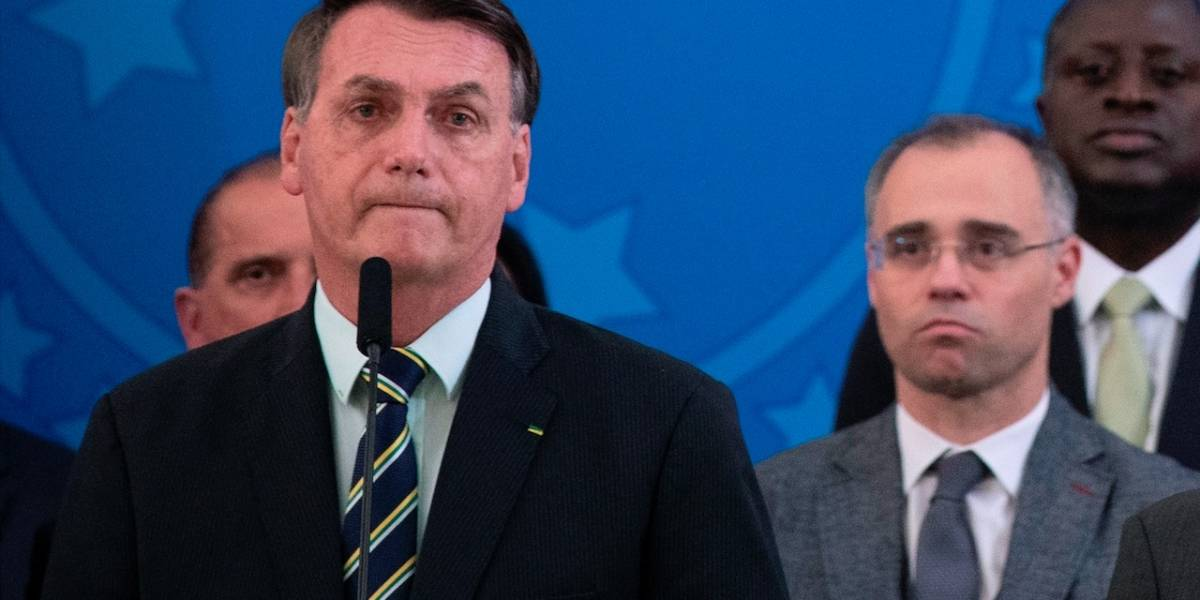 ¿Se lavó las manos? Bolsonaro reveló quiénes son los responsables de las muertes por coronavirus, según él