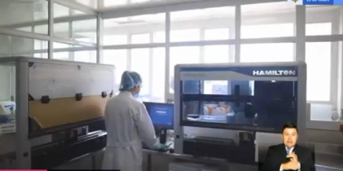 Duque anunció la llegada de dos robots que procesarán pruebas para coronavirus