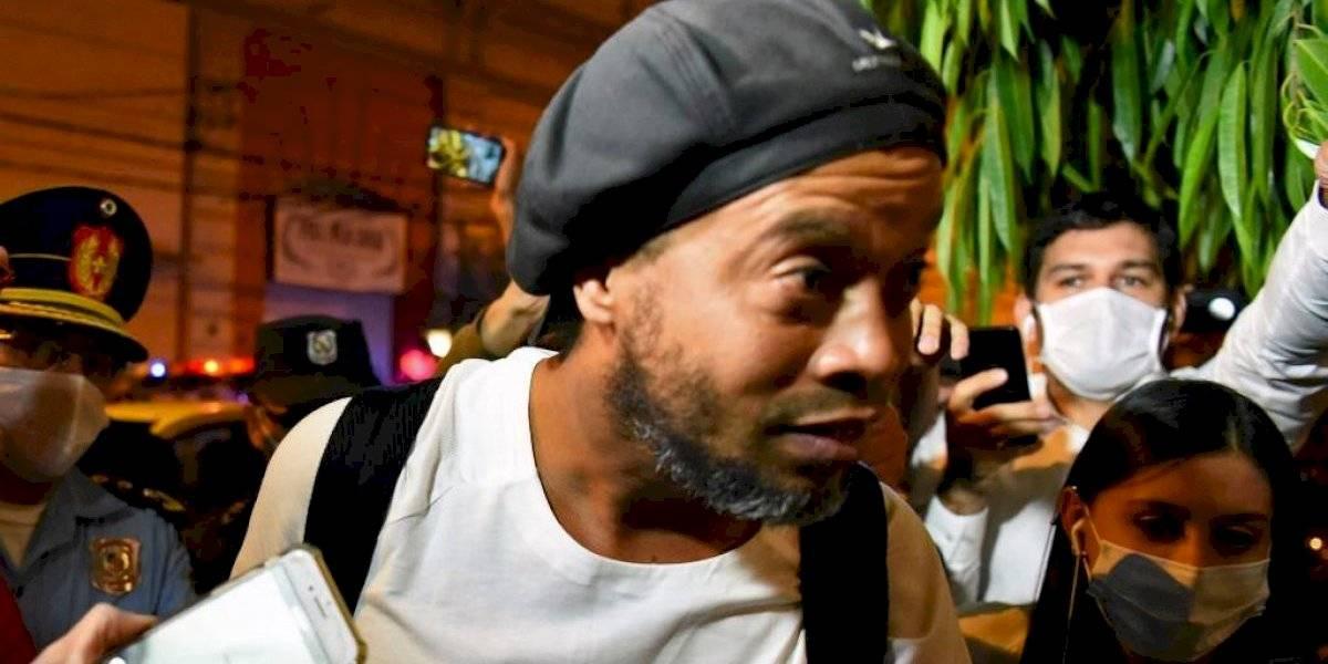 Inesperada acusación contra Ronaldinho explicaría su arresto en Paraguay