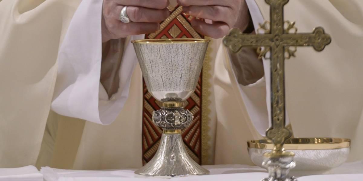 Papa Francisco.- El Papa pide regularizar a los trabajadores en situación irregular, que están más expuestos a la pandemia