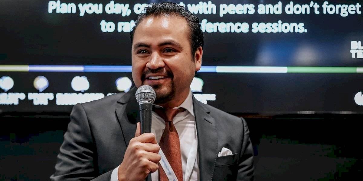 Renato Rodríguez se une a la campaña #TodosSomosUno de la Organización Mundial por la Paz