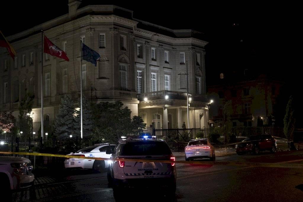 Disparan contra embajada de Cuba en Washington