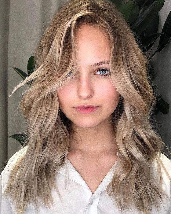 Cortes de cabello para mujeres de frente amplia