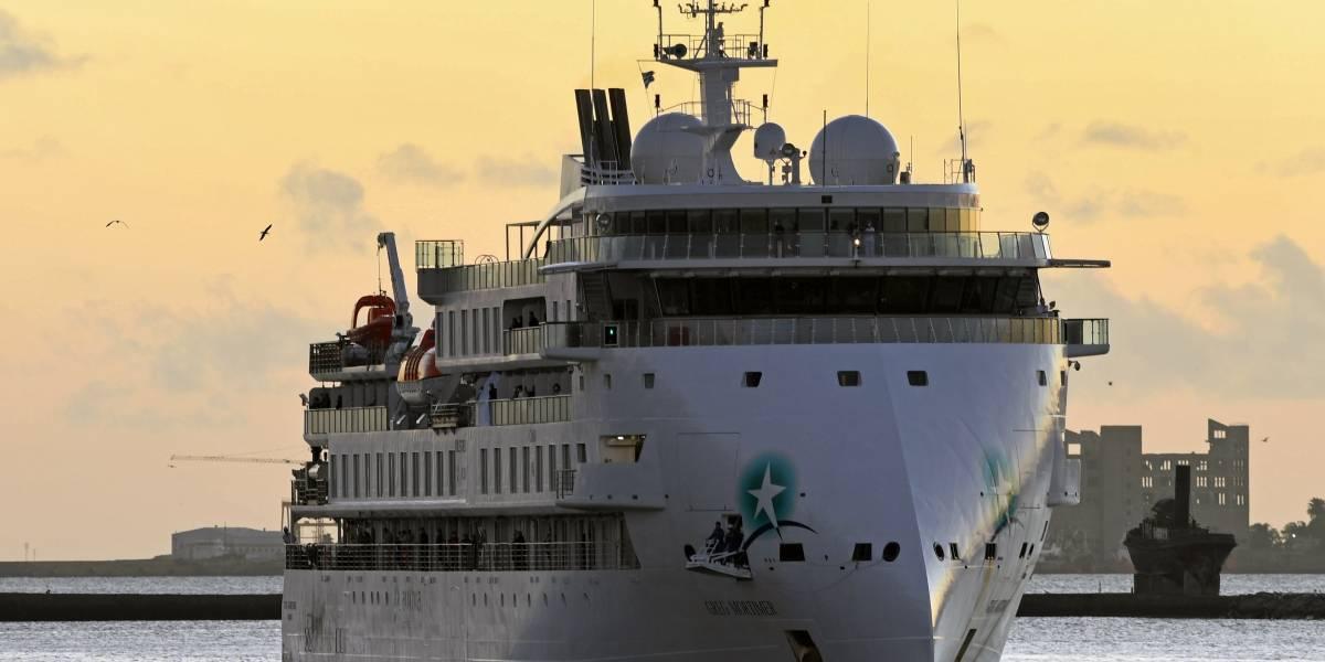 Guatemalteco se encuentra en crucero anclado en Uruguay tras detectarse casos de Covid-19