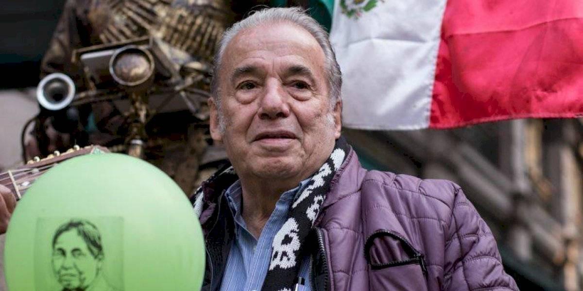 Óscar Chávez: los reconocimientos que recibió el cantautor
