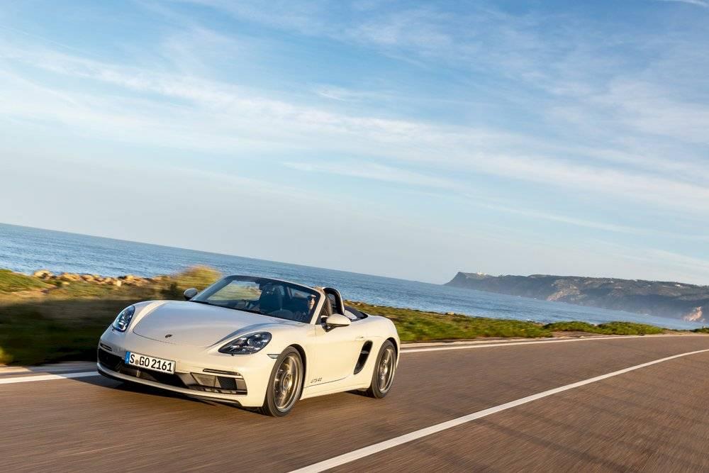 Porsche amplia garantías