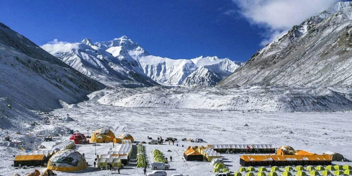 La montaña más alta del mundo: China envía equipo para medir el Everest
