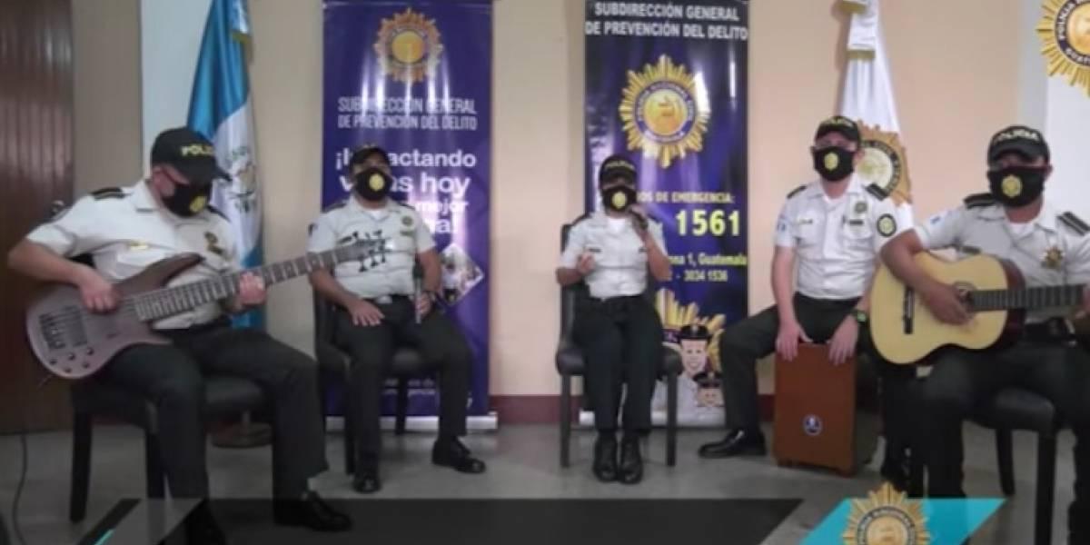 "Orquesta de PNC dedica tema ""Resistiré"" a personal que trabaja en primera línea contra Covid-19"