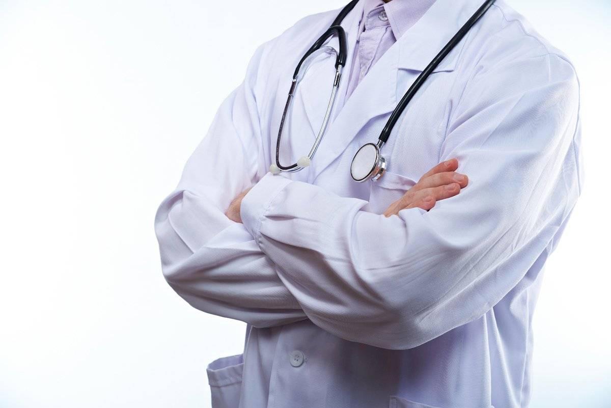 Los médicos son héroes anónimos que salvan vidas a diario