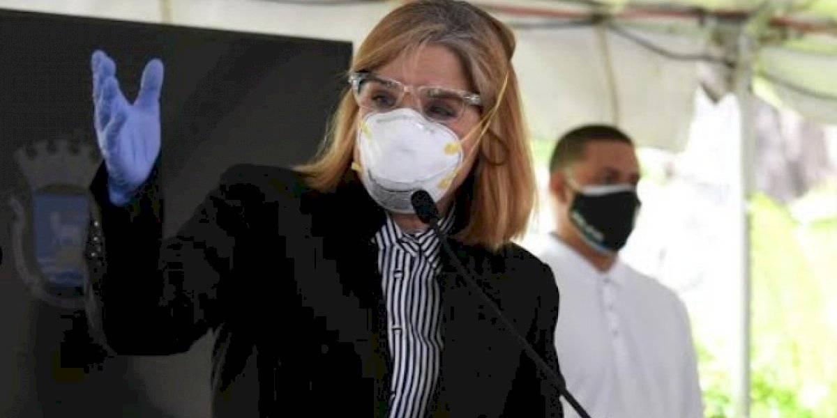 Carmen Yulín suspende directoras por dejar trabajar empleados sin resultado de prueba