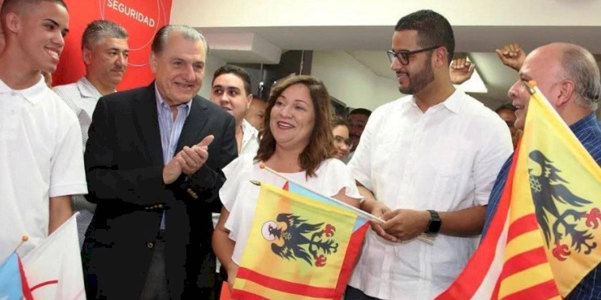 Honran a Hernández Colón a un año de su muerte