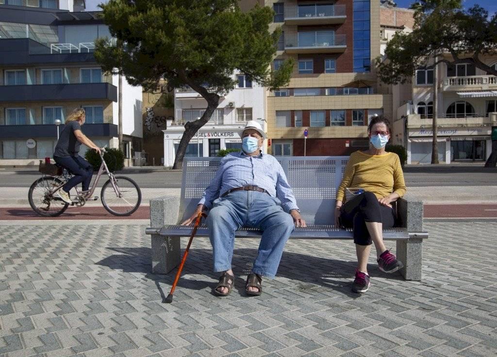 Españoles salen por fin a pasear y hacer deporte AFP