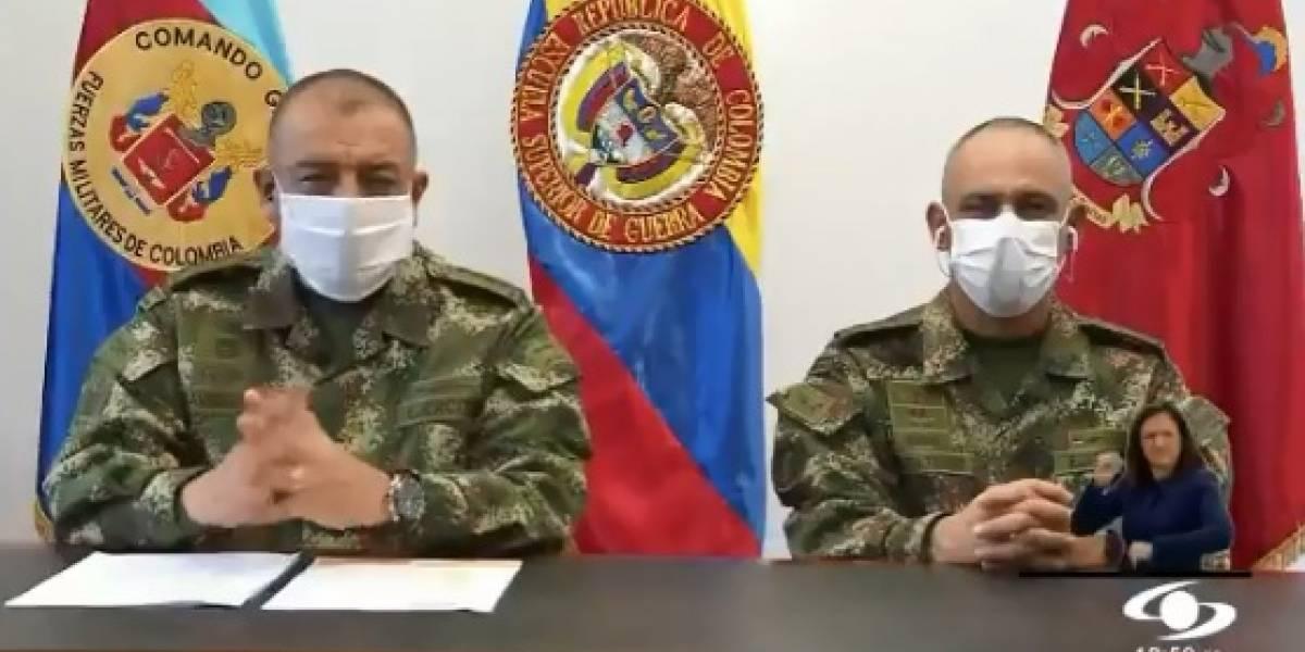 Generales del Ejército se pronuncian tras escándalo de presuntas chuzadas a periodistas