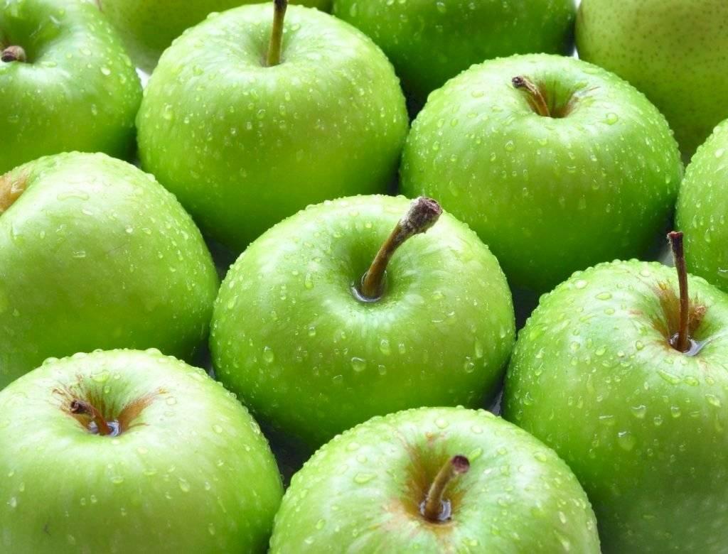 Mascarilla con manzana verde para hidratar y reafirmar la piel del rostro