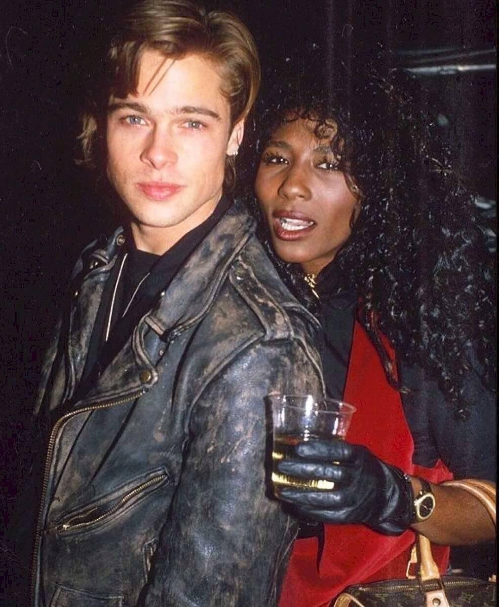 Mira la foto de Brad Pitt con su primera novia famosa, mucho antes de conocer a Angelina Jolie